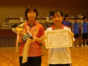 09-全医歯薬卓球大会ダブルス表彰1決勝